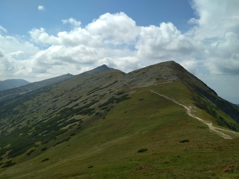 Přelidněná túra na na hory Ďumbier a Chopok v Nízkých Tatrách | Natreku.cz